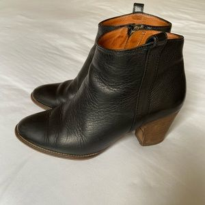 Madewell Billie black leather ankle boots